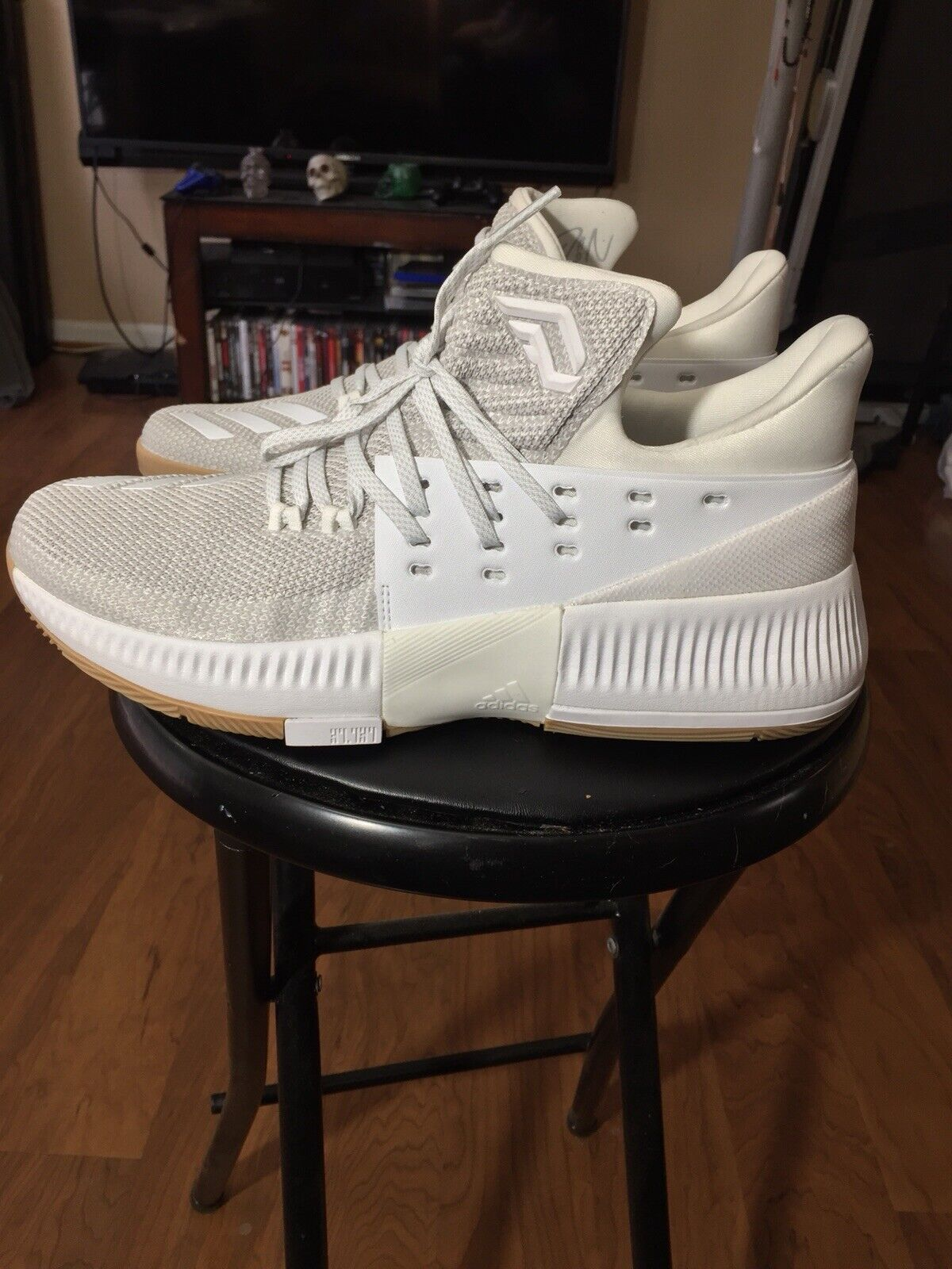 Adidas D Lillard 3 DAME Basketball shoes 2017 - Men's Size 9.5 BW0323