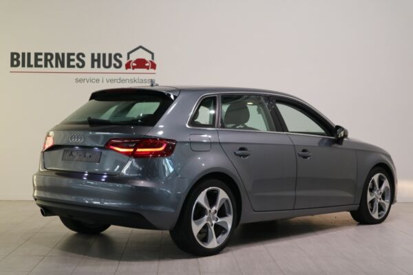 Audi A3 1,6 TDi 110 Ambition SB - billede 1