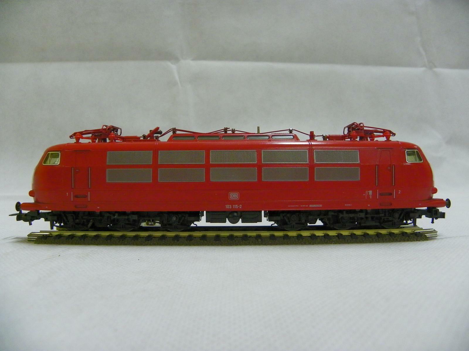 Locomotora Electrica Fleischmann 4377 H0 CC DB br 103.1