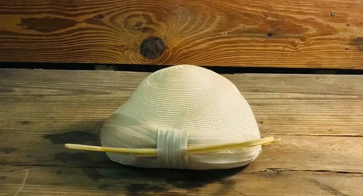 Vintage Womens Woven Wheat Straw Cap - image 5
