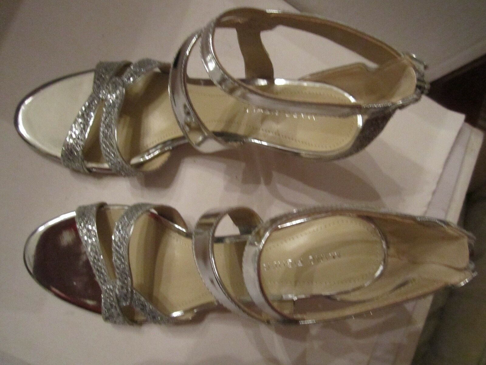 MARC FISHER SILVER SPARKLING Schuhe - ANKLE STRAP WITH 8 3