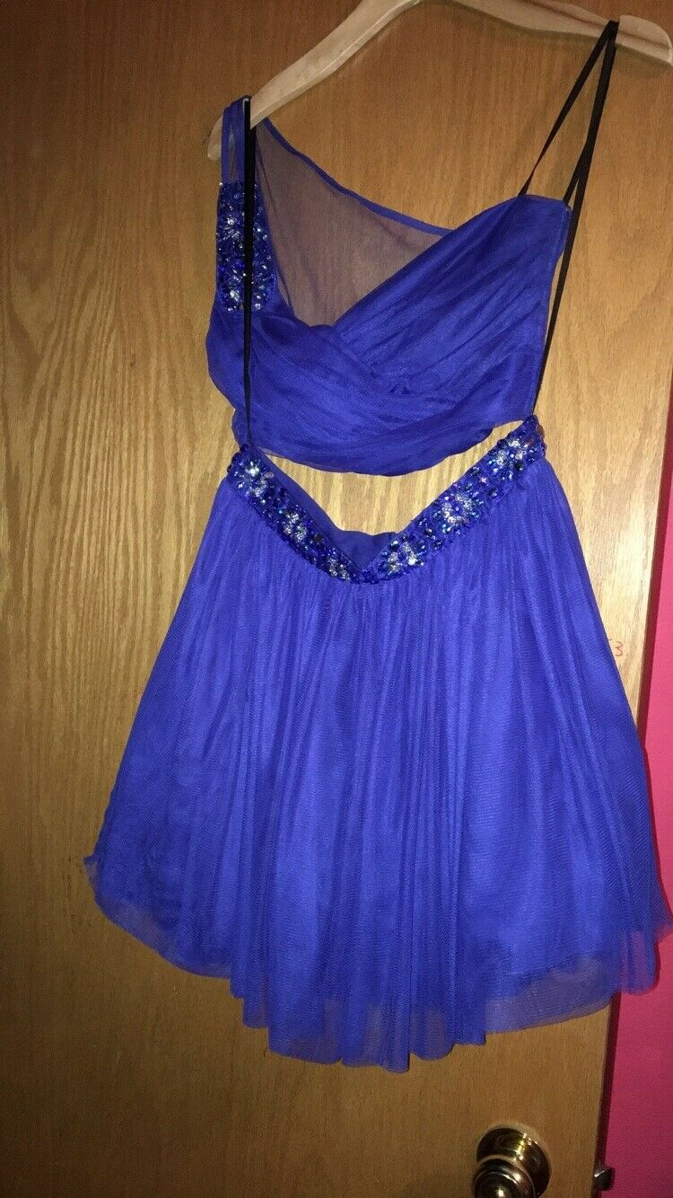 Two piece bluee homecoming dress size 11 12