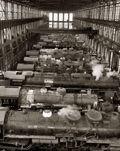 RAILROAD LOCOMOTIVE SHOPS 8X10 PHOTO ATCHISON SANTA FE