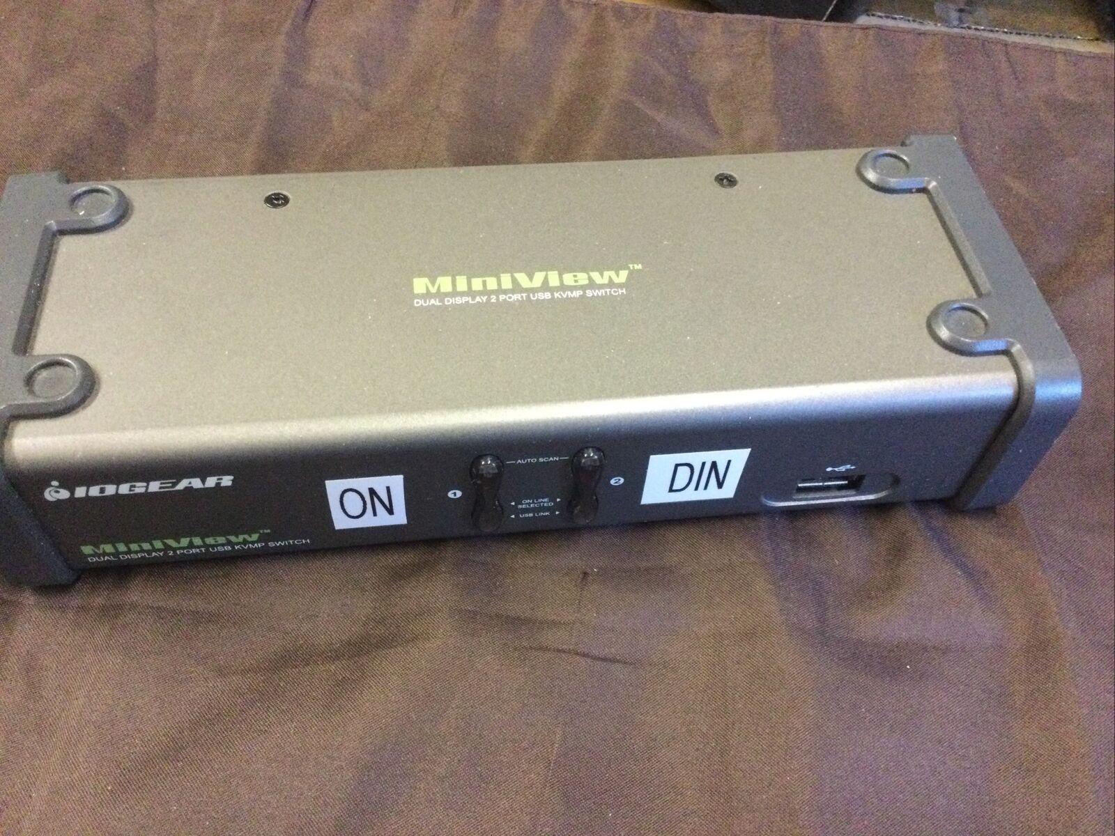 IOGEAR MiniView Dual Display 2 Port USB KVMP Switch GCS1742
