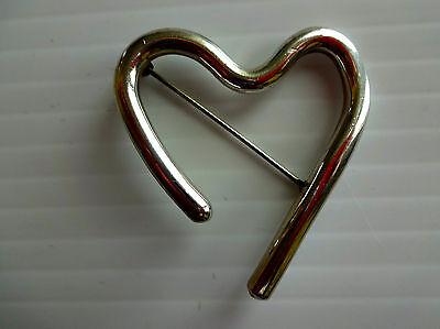 SUSAN CUMMINGS Sterling Silver 925 Open Heart Brooch / Pin