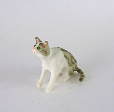 A4140SK Dollhouse Miniature Cat Kitten Sitting