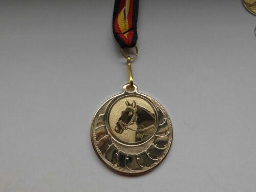 Reiten Pokal Kids 10 x Medaillen mit Deutschland-Band Turnier Emblem Pokale