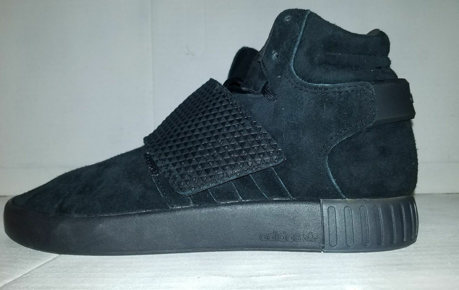 NEW ADIDAS TUBULAR PIRATE INVADER STRAP SHOES BB1169 TRIPLE BLACK PIRATE TUBULAR MENS 10.5 7f5a6f