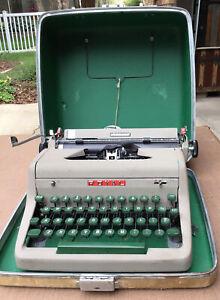 Vintage Royal Aristocrat Portable Typewriter with Case