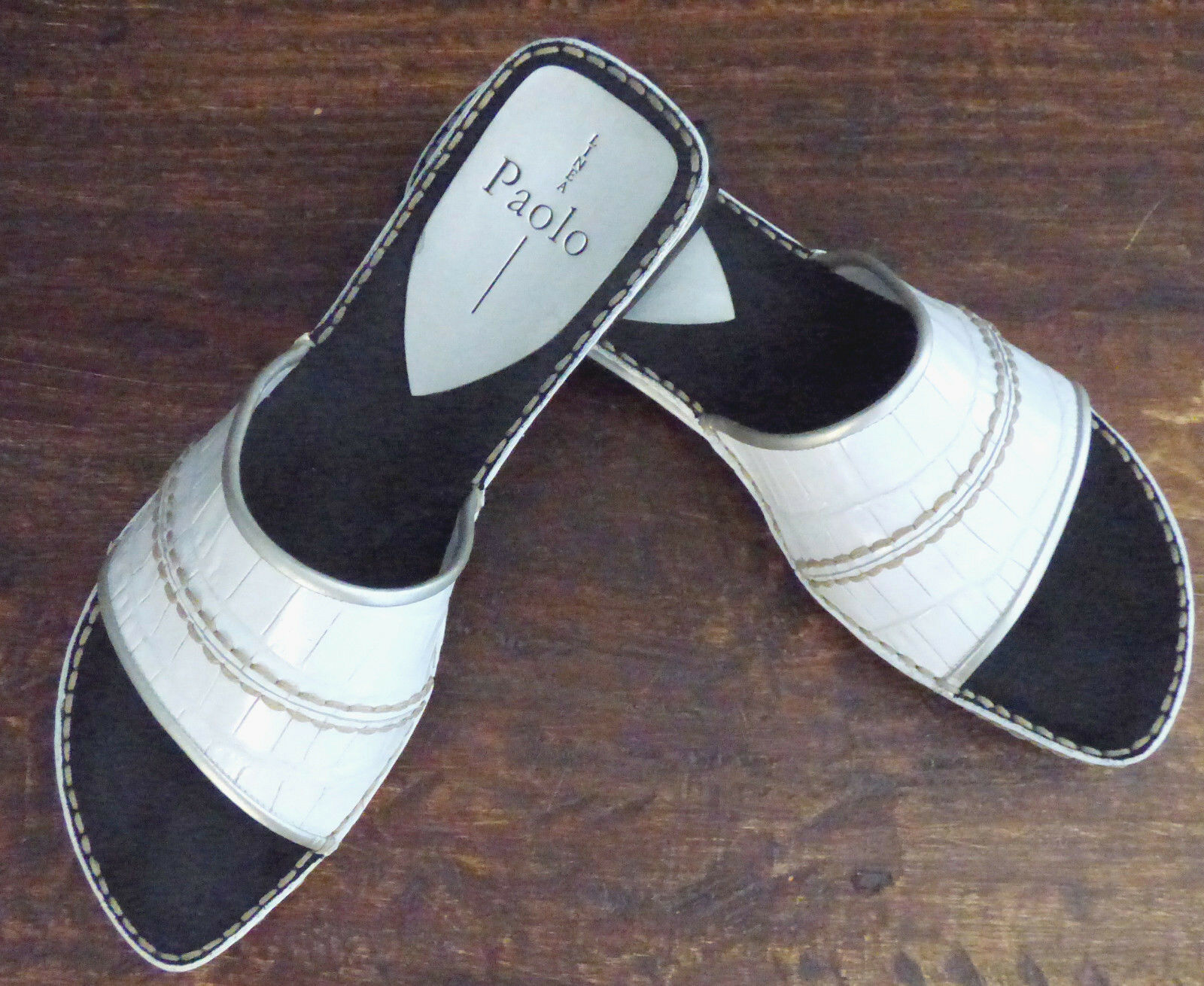 ** LINEA PAOLO ** White Leather Rubber Grip Sole Sole Sole Mule Slides Size 8 398208