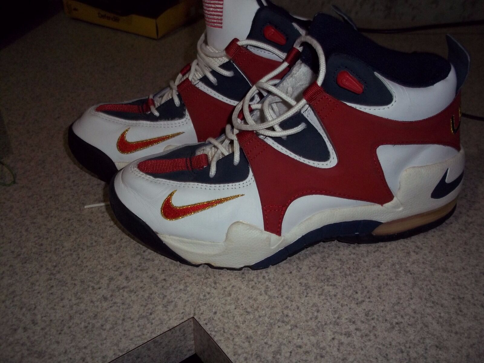Extremely rare Nike Air Rupt womens size 10 - 1996 Olympics USA - Great Shape
