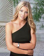 Jessica Biel Unsigned 8x10 Photo (17)