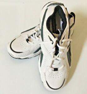 New Boys Reebok Sneakers Size 4 White