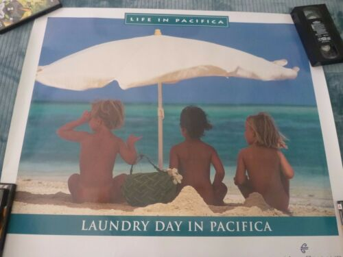 original Air New Zealand Travel Poster LAUNDRY DAY IN PACIFICA 32 X 27 12