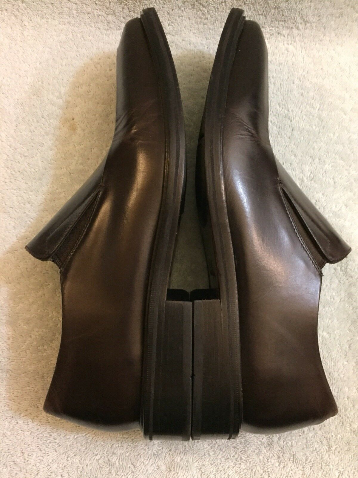 Cole Haan  mens   brown leather Loafer C06951 Size 10 M