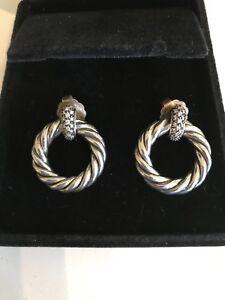 David-Yurman-Metro-Earrings-With-Diamonds