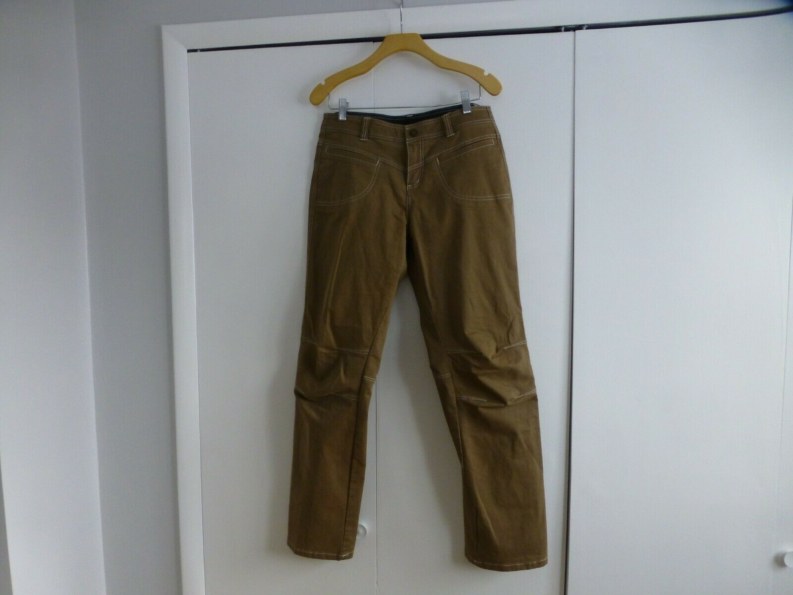 Kuhl Women's Brown Hiking Mountaineering Pants. Size 10 Regular. Excellent