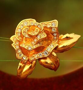 AVON-signed-gold-tone-rose-clear-rhinestones-3D-BROOCH