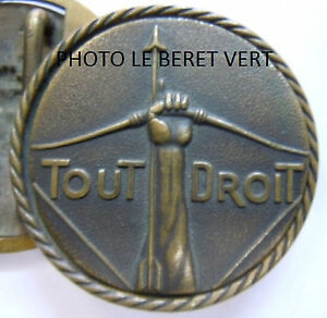 Boucle-SCOUTISME-1911-ECLAIREURS-DE-FRANCE-1er-modele-Scouts-EDF-ORIGINAL