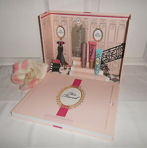 Too-Faced-Le-Grand-Palais-Makeup-Palette-Holiday-Kit-Gift-Set-Eyeshadow-378