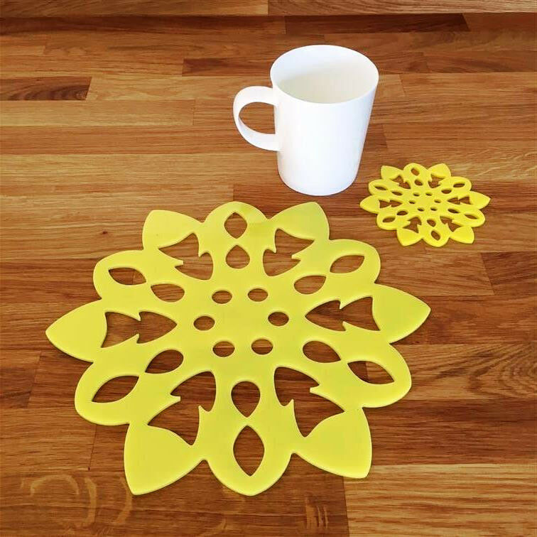 Snowflake Shaped Placemat and Coaster Set - Yellow