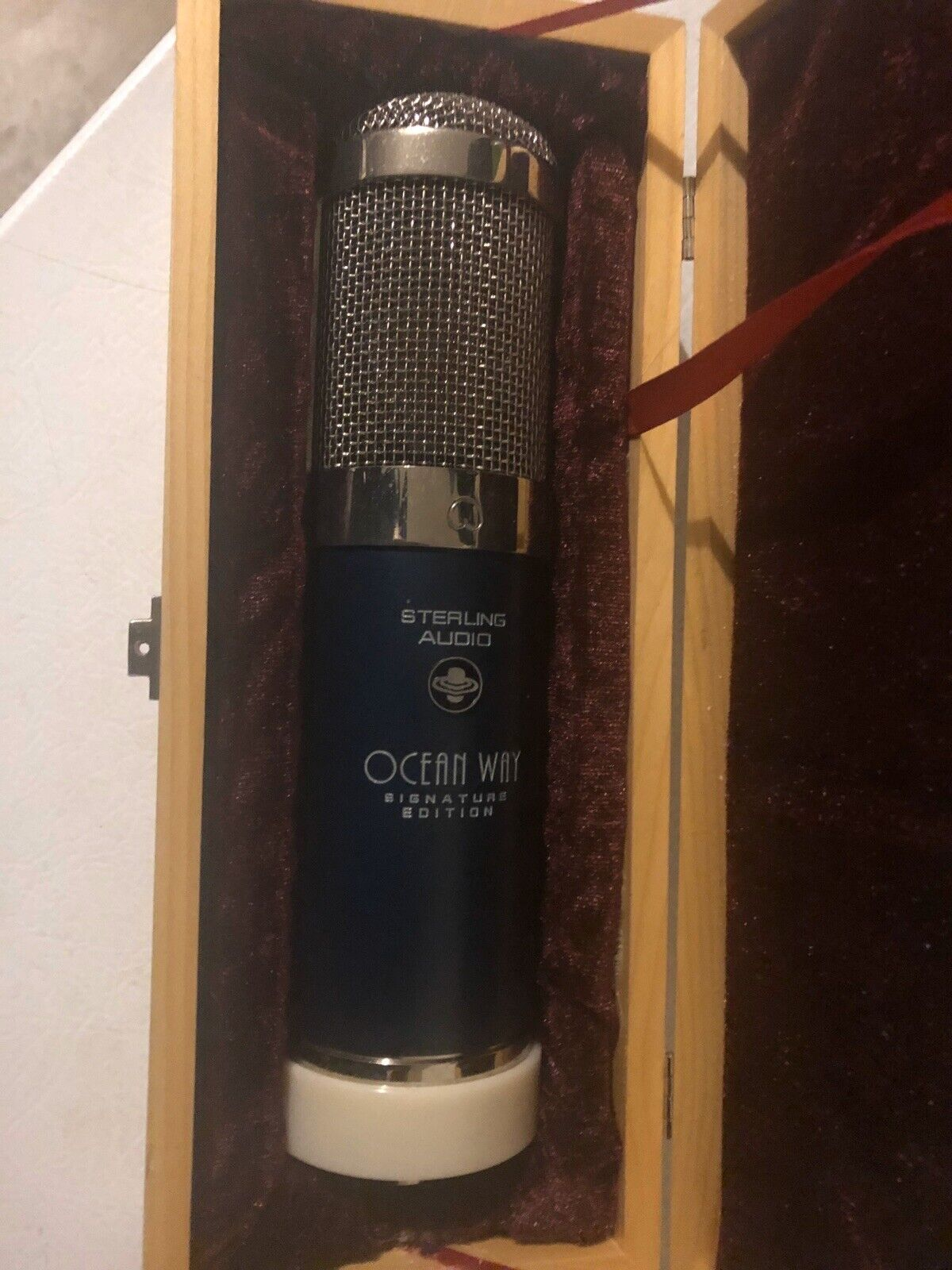 Sterling Audio Ocean Way Signiature Edition Allen Sides ST6050 Condenser Mic. Buy it now for 500.00