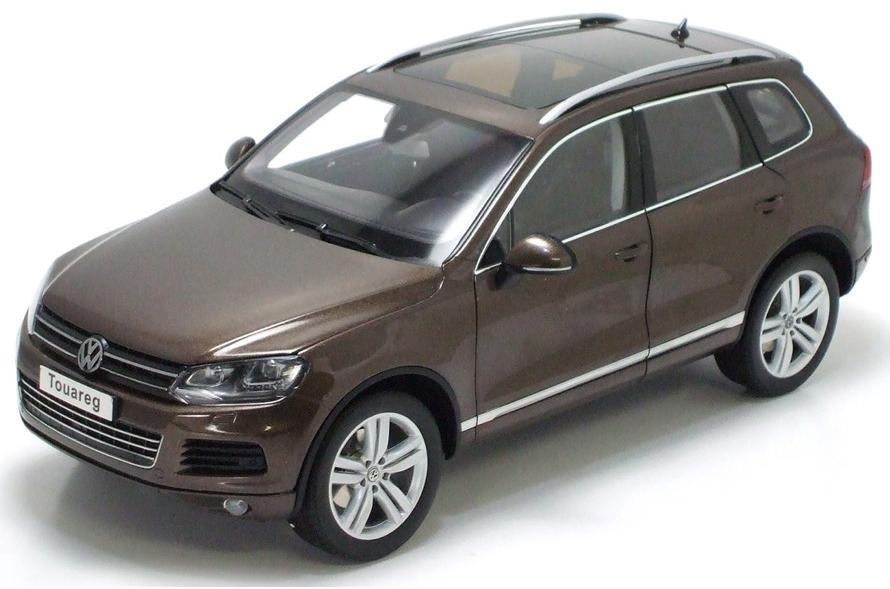 1/18 Kyosho 2010 Volkswagen Touareg FSI Graciosa marrone Diecast marrone 08821GBR
