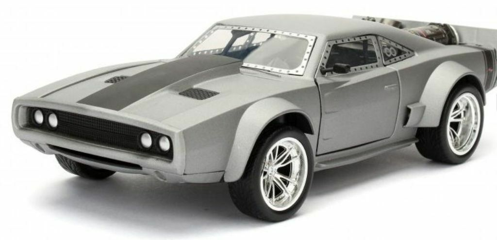 Dom's Ice Charger - Grey 'Fast & Furious 8' 1 24 Model Car