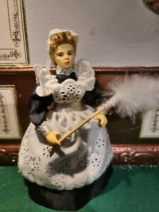Dolls House People Victorian Maid in Grey Hoovering Resin Figure