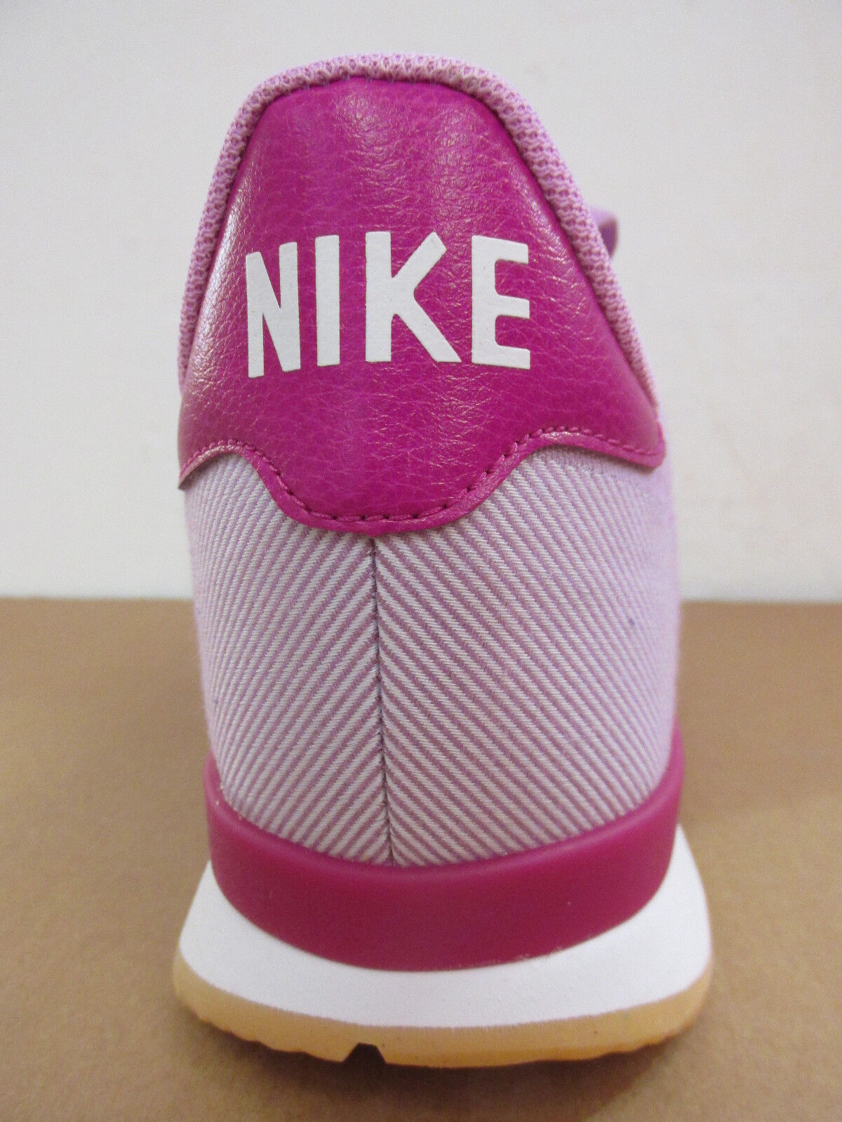 Nike Femmes Internationaliste Baskets Jcrd Baskets Internationaliste 705215 500 Baskets Enlèvement 679dd8
