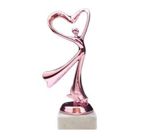 """Geschenk-Pokal """"Herz Dame pink"""" mit Wunschgravur (Geburtstag, Weihnachten etc.)"""