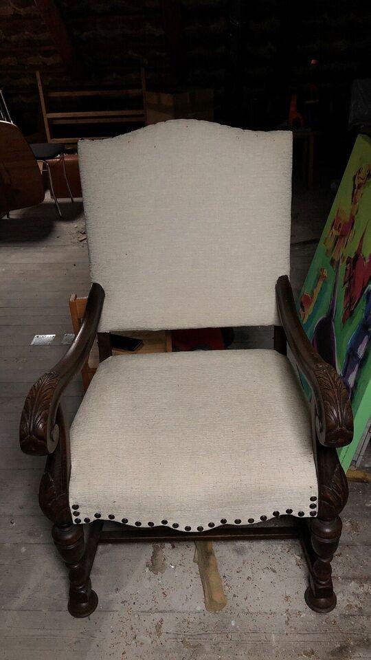 Anden arkitekt, Konge stol, Stol