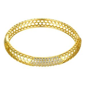Square-Link-Tennis-Bracelet-with-Diamonds-in-18K-Gold-Plated-Brass