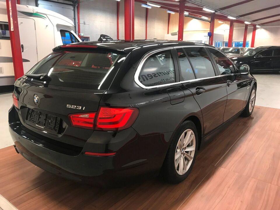 BMW 523i 3,0 Touring aut. Benzin aut. modelår 2011 km 195000
