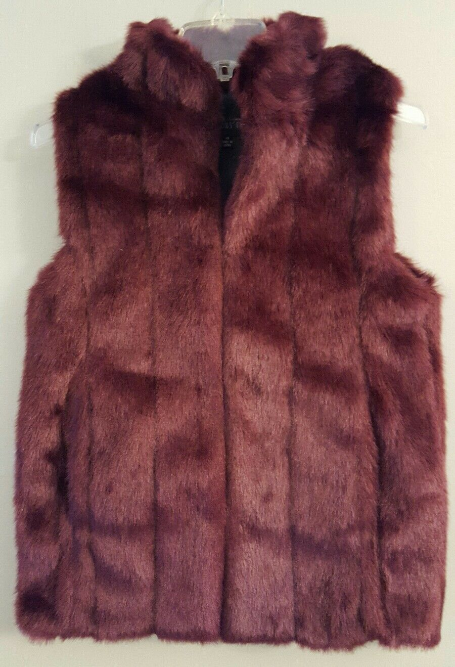NWT FABULOUS FURS Mink Faux Fur Hook Vest XSMALL Burgundy