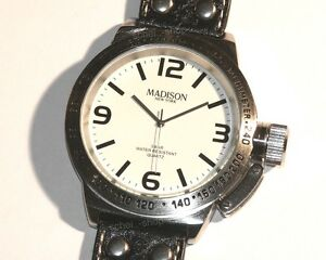 MADISON-New-York-ESSEX-BIG-Herrenarmbanduhr-Leder-Kronenschutz-Neuware