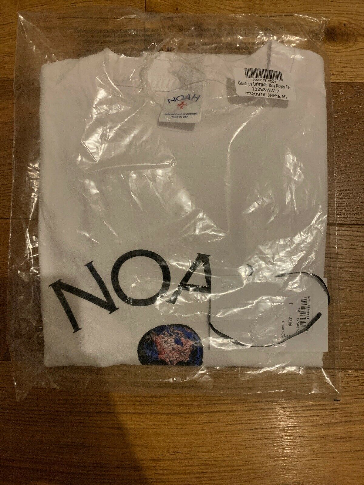 Noah NY x Galeries Lafayette Logo Tee Sz M Weiß Core Hoodie Earth Day In Hand
