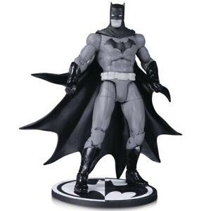 Batman-Black-And-White-Batman-By-Greg-Capullo-Action-Figur-Dc-Collectibles