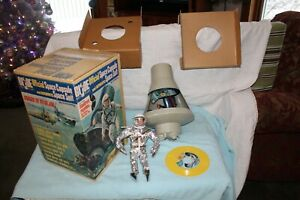 Vintage-1966-GI-Joe-Space-Capsule-and-Suit-Action-Figure-in-Original-Box-Record