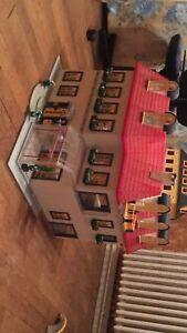 Grosse Maison Playmobil, Excellent État , Complète Et Entièrement Meublé