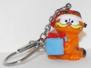 Christmas Garfield Holding Gift Key Chain GARF057