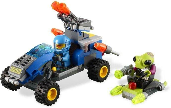 Lego Alien conquest, 7050