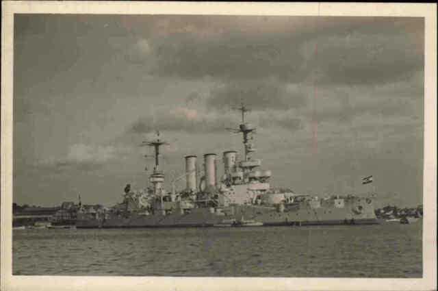 Kriegsmarine War Ship Kriegsschiff Echtfoto-AK Linienschiff Elsaß in Kiel ~1940