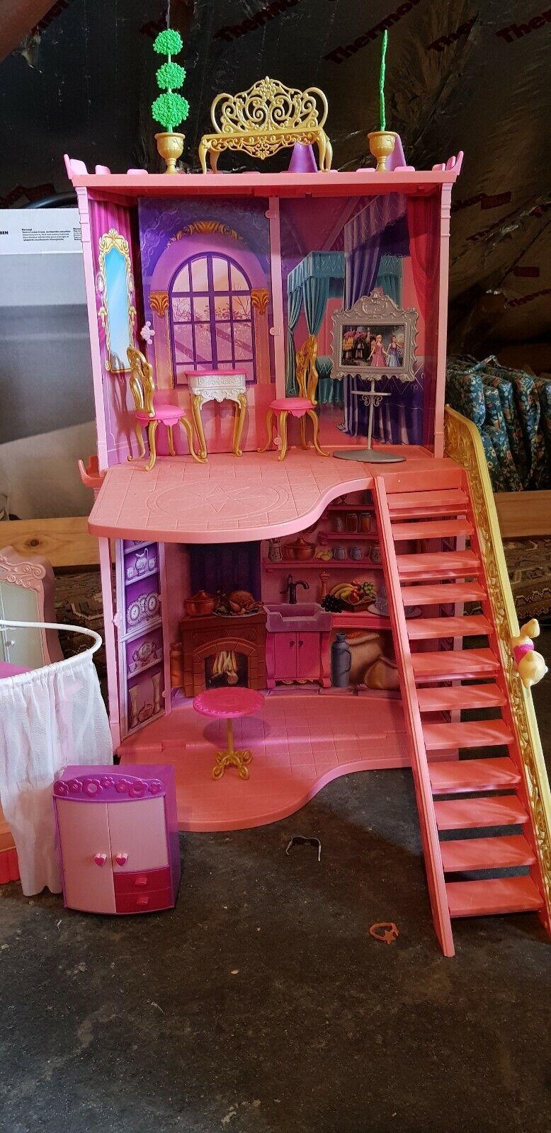 Barbie Haus Haus Haus Zweistöckig Incl Viel Zubehör Waschbecken m. Spiegel Grill ae2ecd