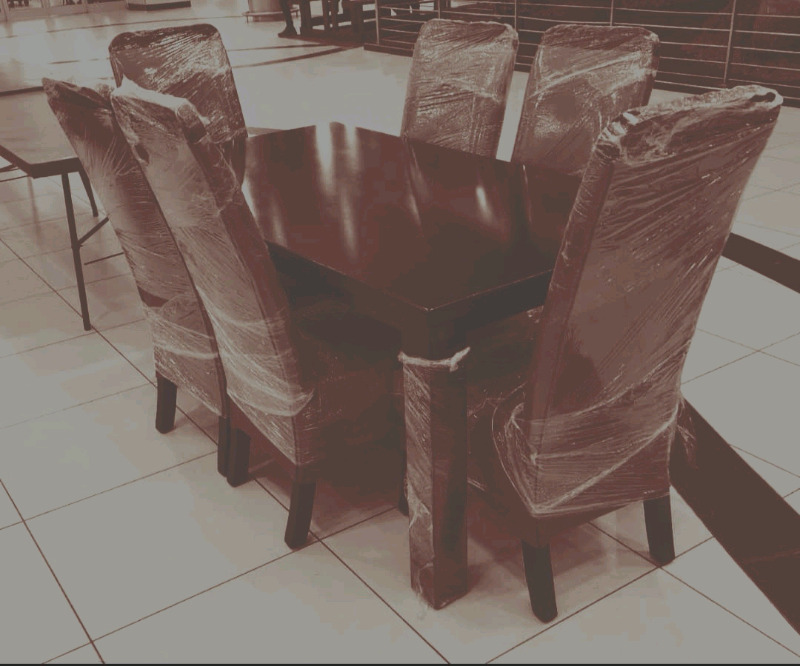 New brown and mahoghany pleather 6 seater dining set