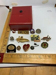 Vintage-Organization-Lapel-PINS-Lot