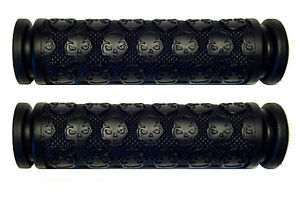KICK-SCOOTER-BLACK-SKULL-GEL-GRIPS-FITS-RAZOR-OTHER-BARS-WITH-7-8-034-HANDLEBARS