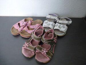 Details zu Schuhpaket Gr. 30 Mädchen, Hausschuhe, Sandalen #100