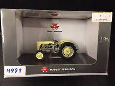 4991 Ferguson TO35 1957   1:32 Universal Hobbies