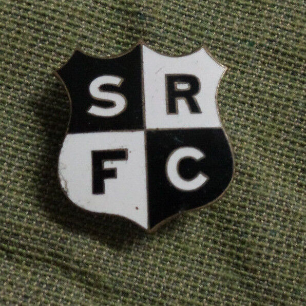 D268. AUSTRALIAN SRFC   RUGBY  UNION  CLUB  BUTTONHOLE  BADGE